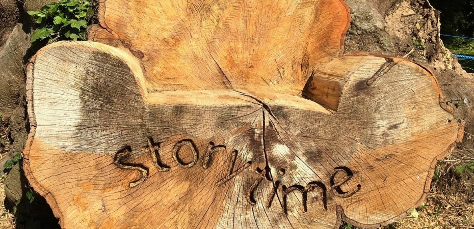 Wood storytelling chair